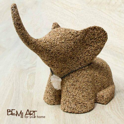 Socha slona