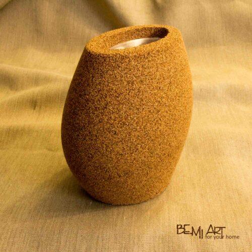 Zajímavá váza z korku