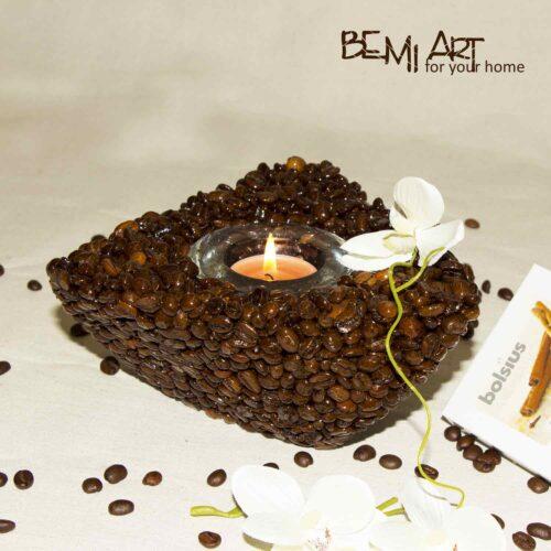 Svícen na čajovou svíčku z voňavé kávy arabica